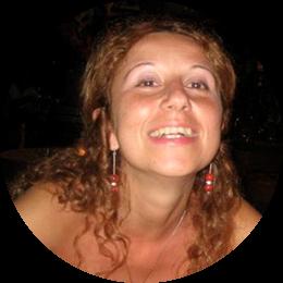 Ricercatrice in Sociologia generale e professore di Teorie e pratiche della valutazione. Membro del laboratorio di ricerca valutativa e di Monitoraggio e valutazione delle iniziative di cooperazione allo sviluppo presso il Dipartimento CoRiS de La Sapienza, si occupa di valutazione delle politiche sociali, educative e di sviluppo locale, con un'attenzione specifica alle aree marginali e periferiche.