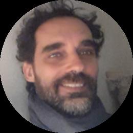 Assegnista di ricerca in Progettazione Territoriale presso l'Università del Molise, ha un PhD in Urban Studies presso La Sapienza. È impegnato nello studio delle trasformazioni urbane e sociali, e in particolare della relazione tra ICT, società e territorio. Con un collettivo di attivisti e ricercatori sta sviluppando un progetto di collaborative mapping su Roma (www.reter.info)