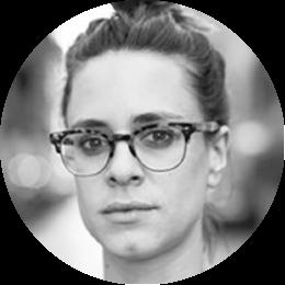 Architetto libero professionista, è specializzata in Rigenerazione urbana e innovazione sociale. Collabora con diversi enti, tra cui il DICEA de La Sapienza. È fondatrice di due associazioni che si occupano attivamente dei temi della rigenerazione urbana dello spazio pubblico: Semi di rigenerazione e Monòmade, associazione di architetti di cui è anche presidente.
